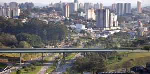 Foto de ponte da cidade, representando abrir empresa em Diadema