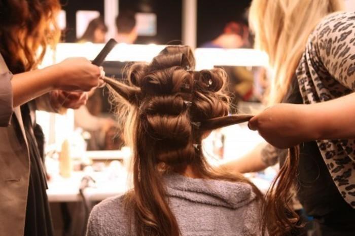 Foto em um salão de beleza, representando como abrir um um salão de beleza - Abertura Simples
