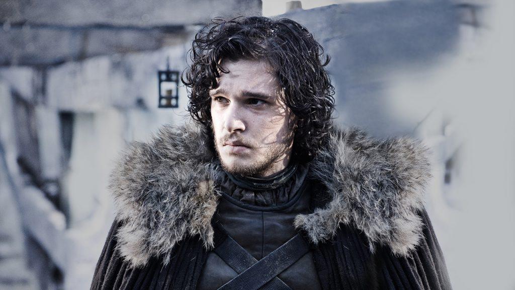 Foto de uma cena da série Game of Thrones com a personagem Jon Snow