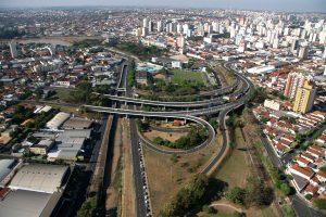 Foto aérea da rodovia, representando abrir empresa em São José do Rio Preto
