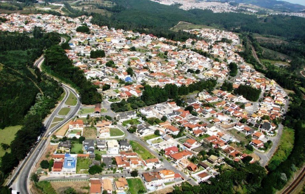 Foto aérea da cidade de Caieiras, representando abrir empresa em Caieiras