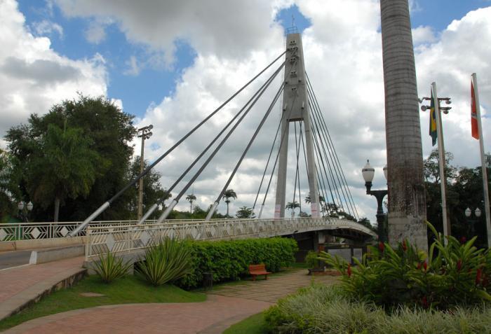 Ponte na cidade de Brasiléia, representando escritório de contabilidade em Brasiléia - Abertura Simples