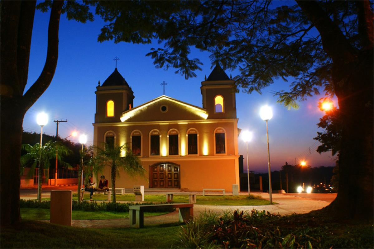 Foto da Igreja Matriz em Arujá, representando escritório de contabilidade em Arujá - Abertura Simples