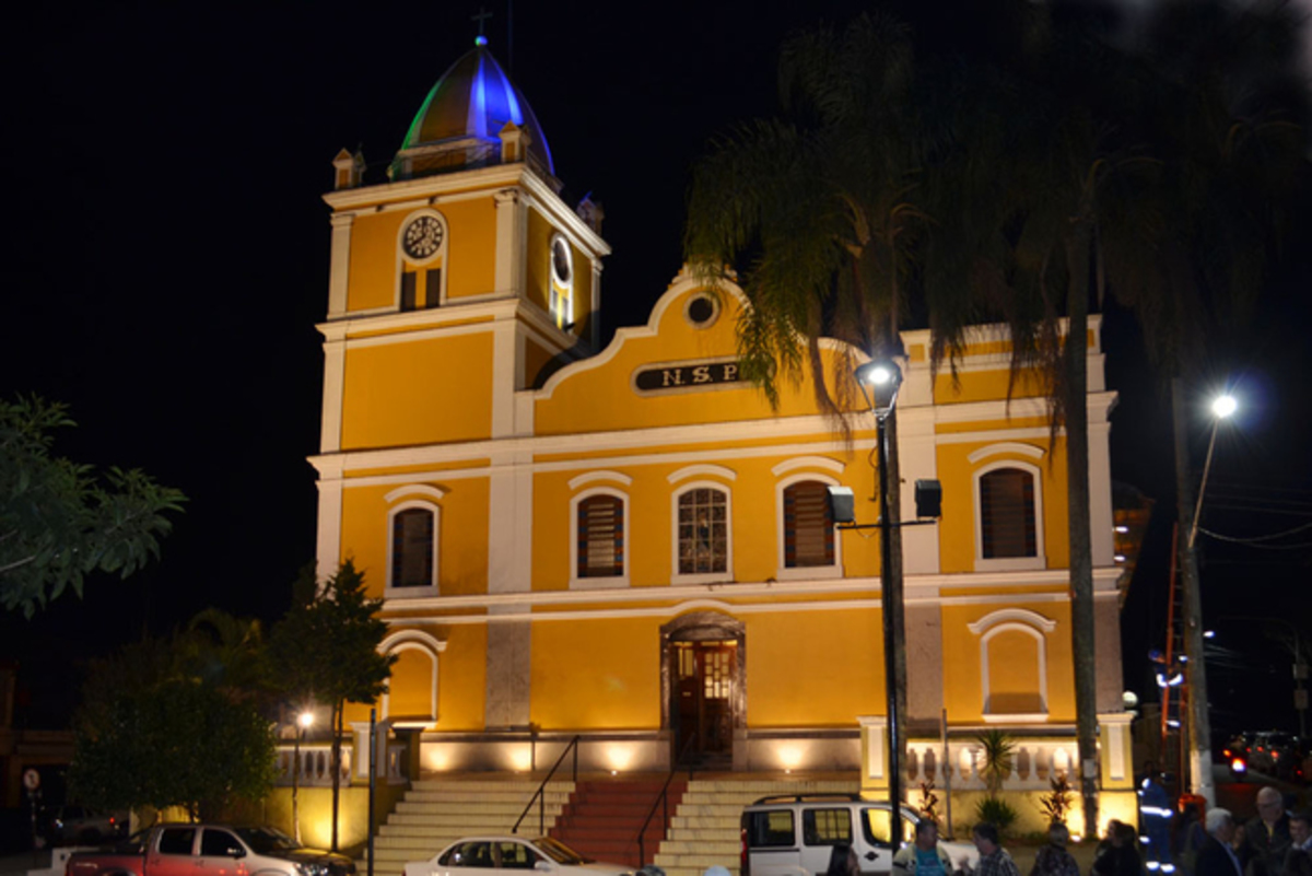 Igreja em Itapecerica da Serra, representando escritório de contabilidade em Itapecerica da Serra - Abertura Simples