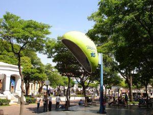 Foto de um orelhão gigante na cidade de Itu, representando abrir empresa em Itu - Abertura Simples