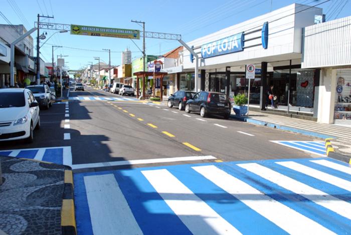 Rua na cidade de Osvaldo Cruz, representando abrir empresa em Osvaldo Cruz - Abertura Simples