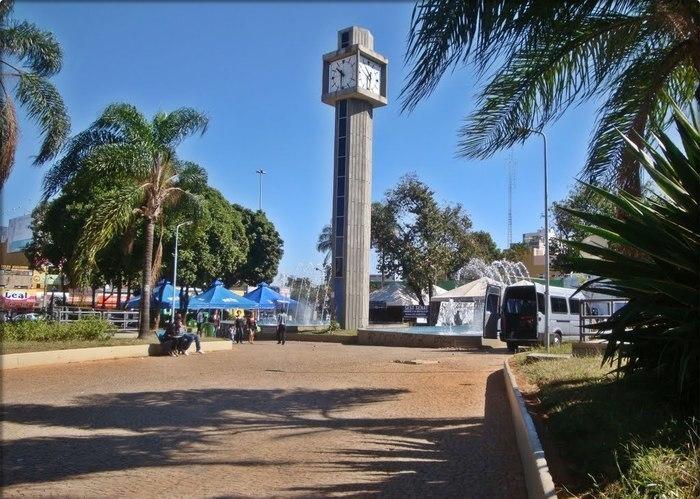 Praça do relógio em Taguatinga, representando escritório de contabilidade em Taguatinga - Abertura Simples