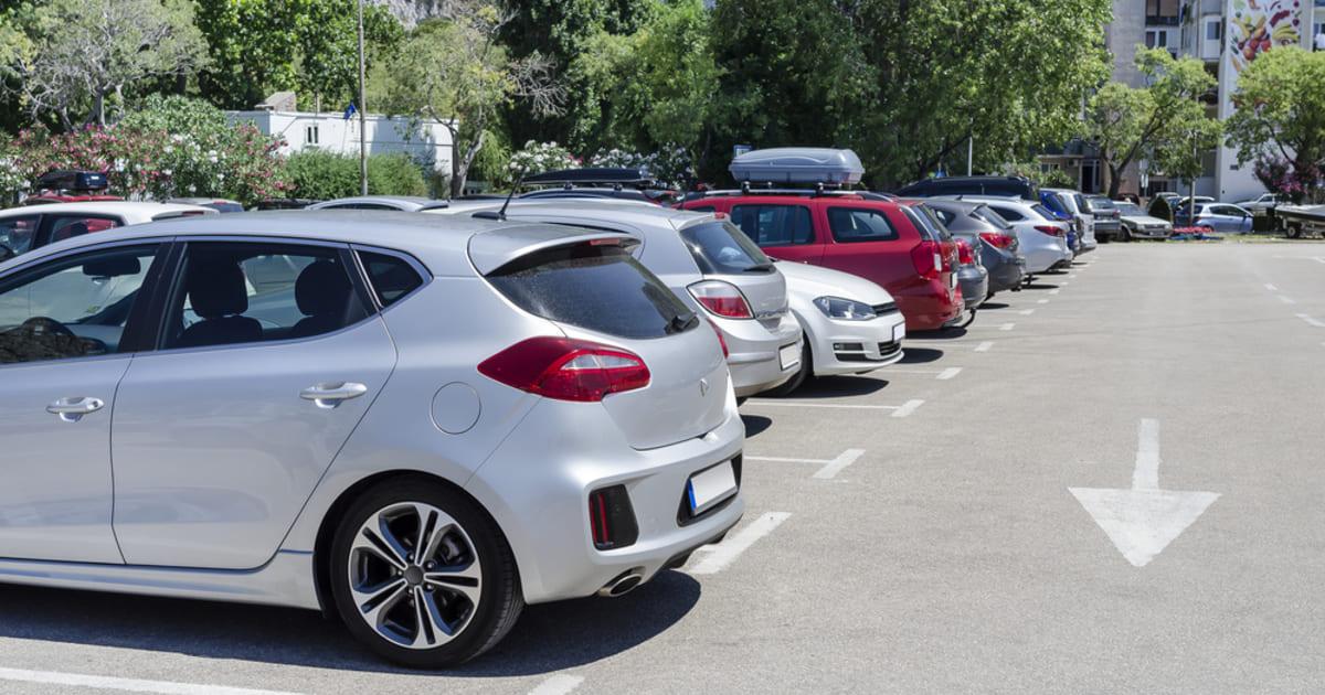 Estacionamento, representando abrir um estacionamento - Abertura Simples