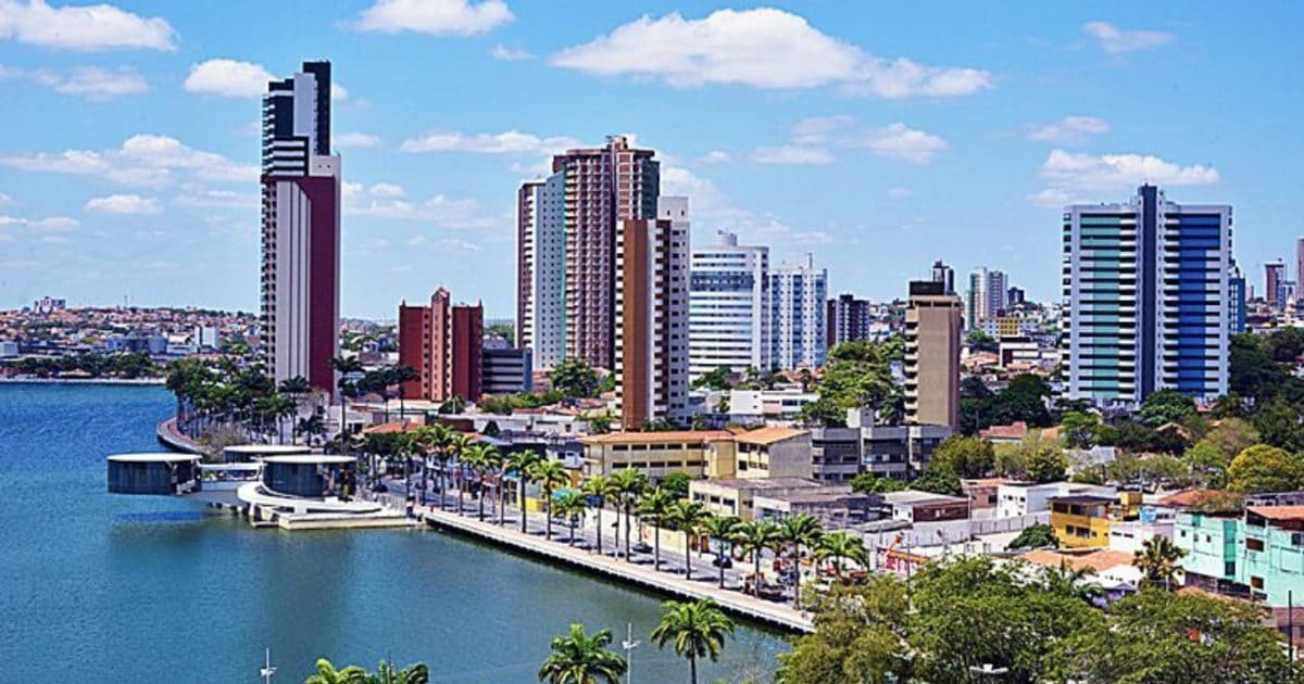 Foto de prédios da cidade, representando como abrir empresa em Campina Grande