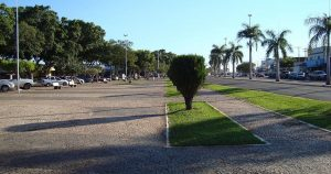 Foto de praça da cidade, representando os passos para abrir empresa em Jardim