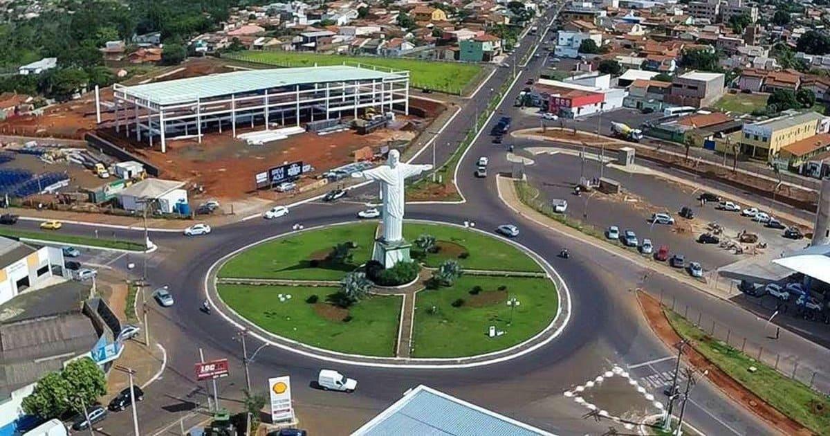 foto de praça da cidade, representando contabilidade em Rio Verde