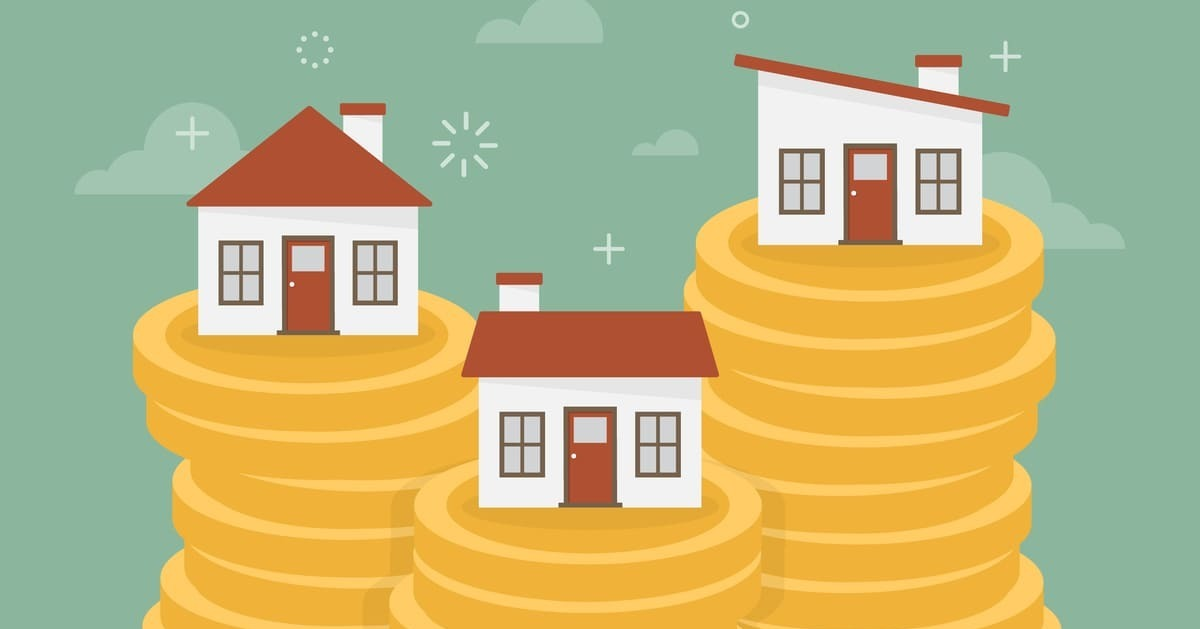 Ilustração de algumas casas em cima de moedas, representando as ideias para ganhar dinheiro em casa