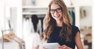 Foto de uma mulher, representando as dicas para mulheres empreendedoras