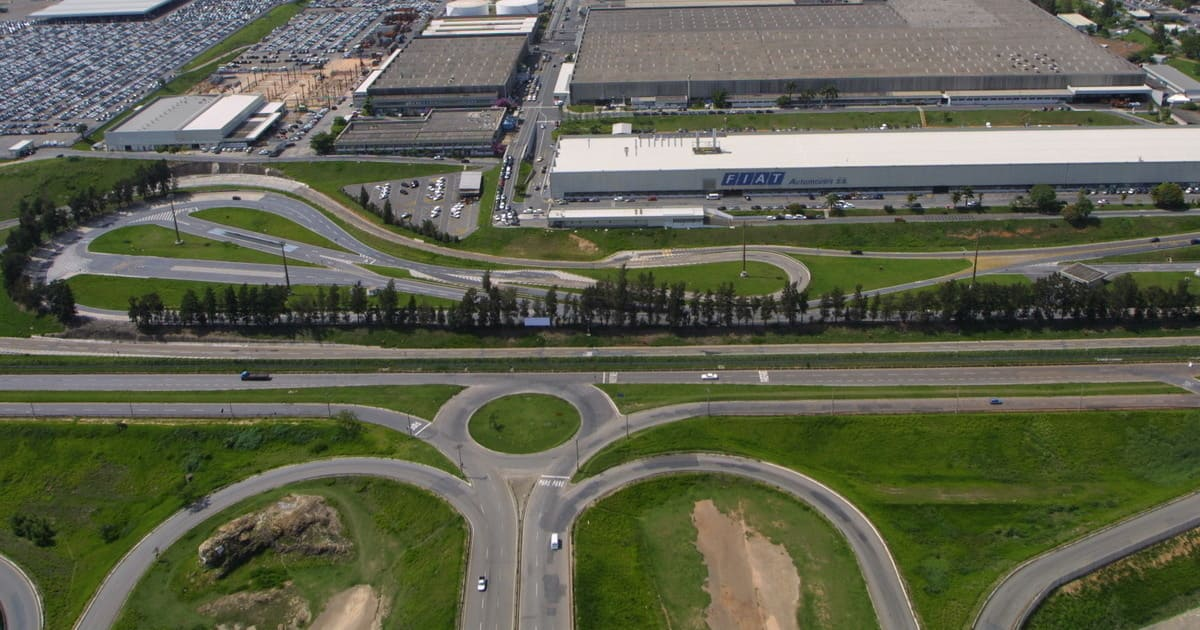 foto da fábrica da fiat na cidade, representando como abrir empresa em betim