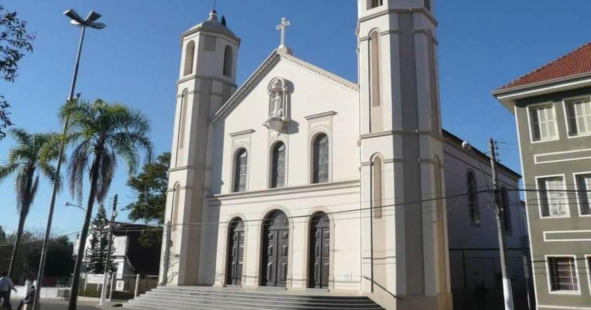 foto da igreja da cidade, representando abrir empresa em gravataí