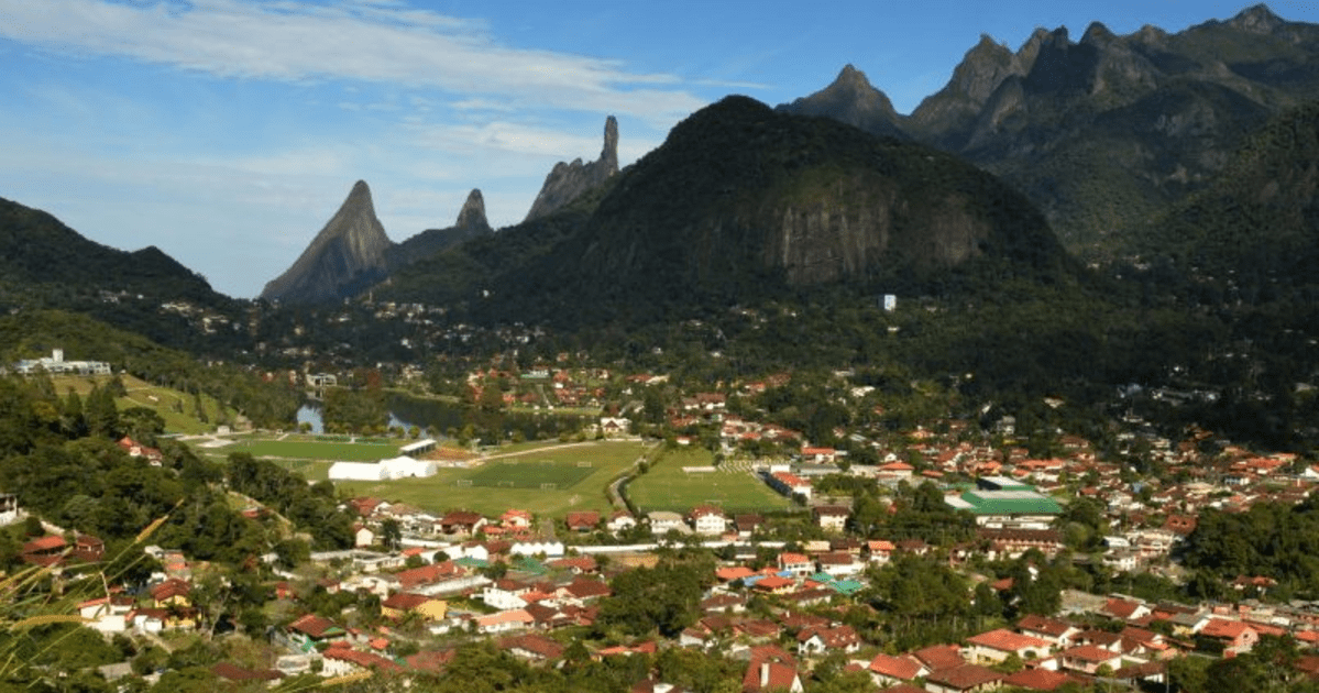 Foto da cidade, representando como abrir empresa em teresópolis