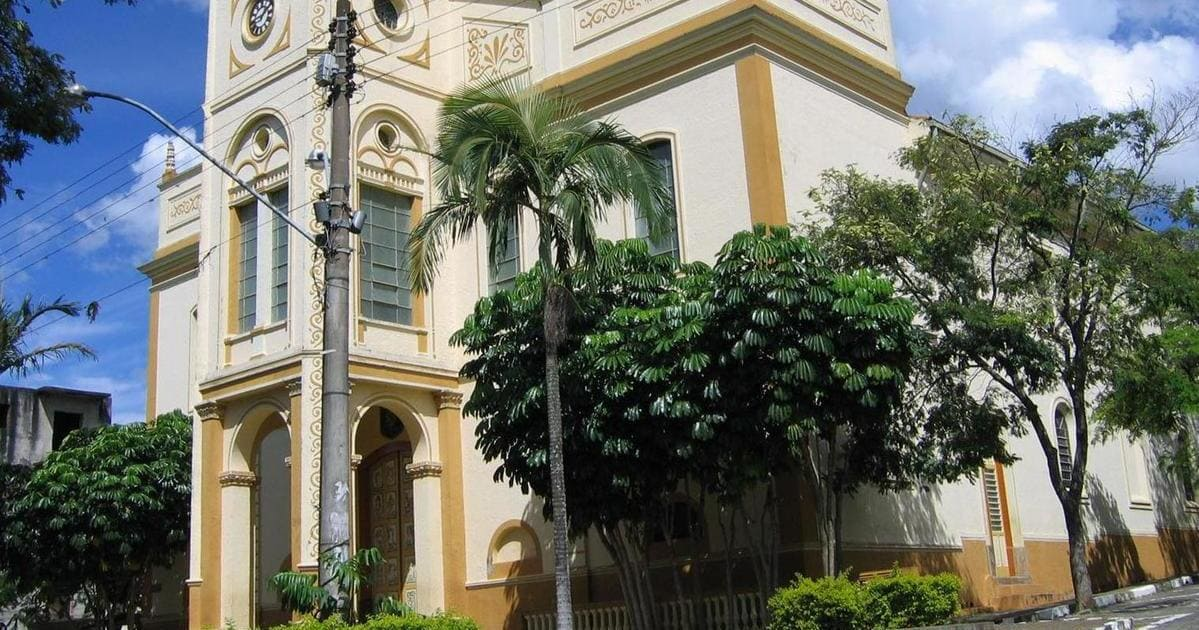 foto da igreja matriz da cidade, representando como abrir empresa em Piracaia