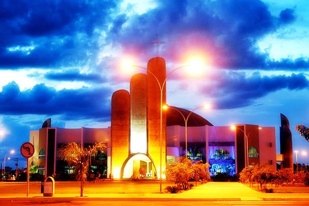 Foto da Igreja que é símbolo para motivar os empreendedores que buscam escritório de contabilidade em Sinop