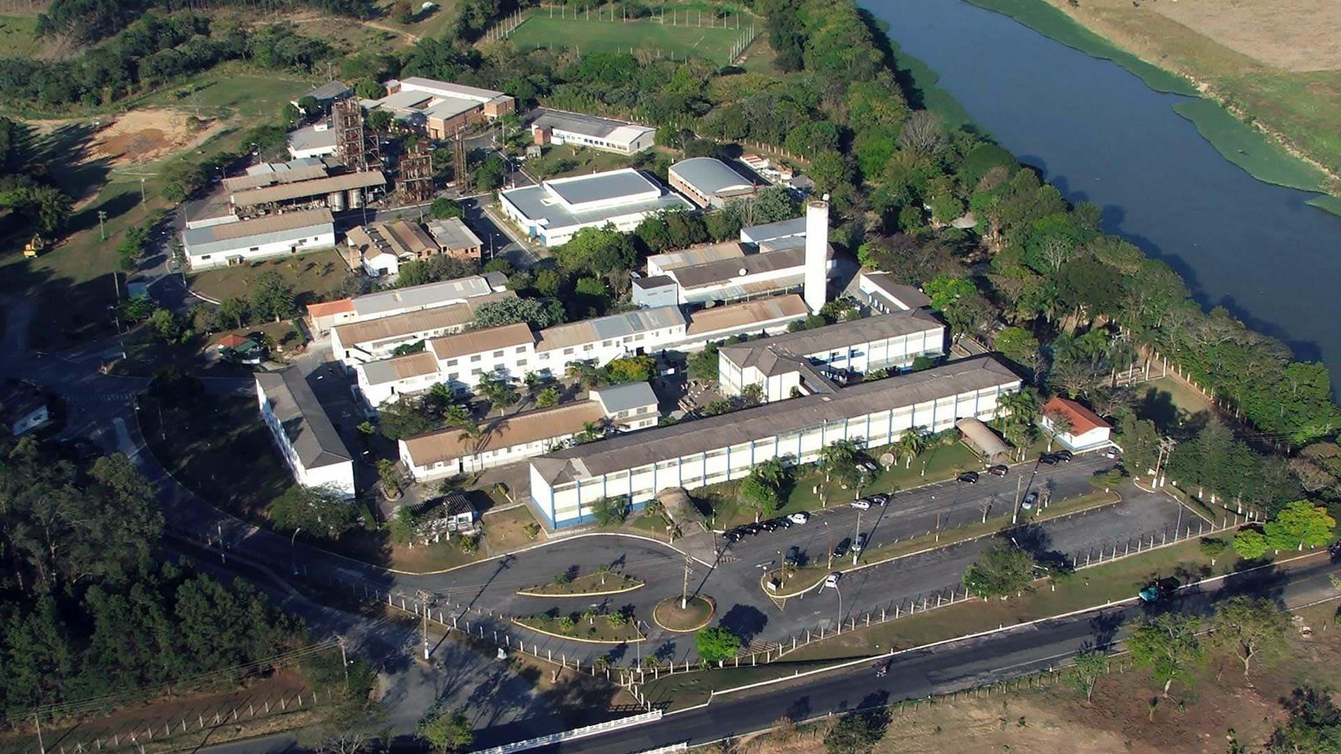 Imagem aérea do campus de Lorena que é referência, para ilustrar quem está procurando um escritório de contabilidade em Lorena