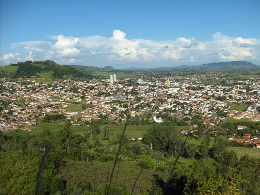 Imagem aérea para inspirar quem deseja escolher um escritório de contabilidade em Santo Antonio da Platina
