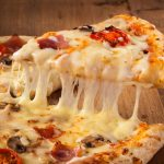 Quer abrir uma pizzaria e não sabe por onde começar? Saiba tudo o que é necessário!