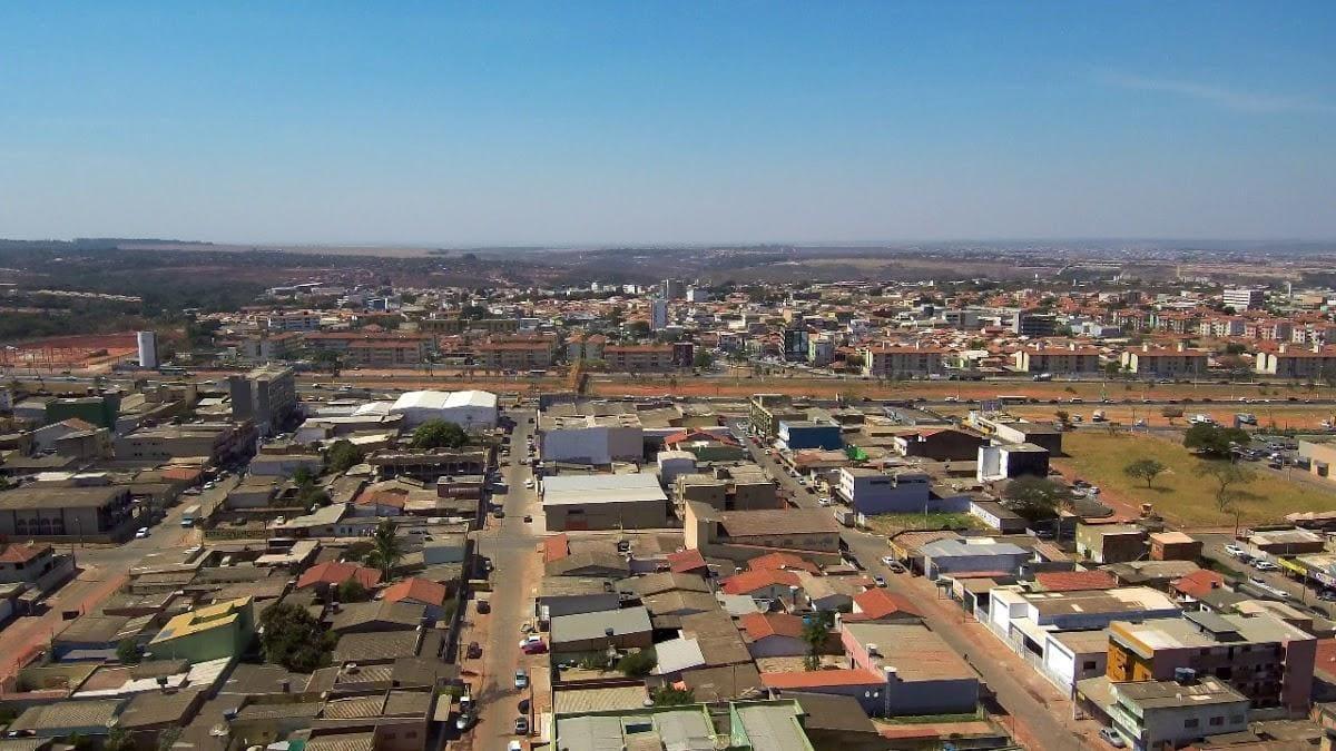 Imagem aérea da cidade para quem quer escolher um escritório de contabilidade em Valparaíso de Goiás