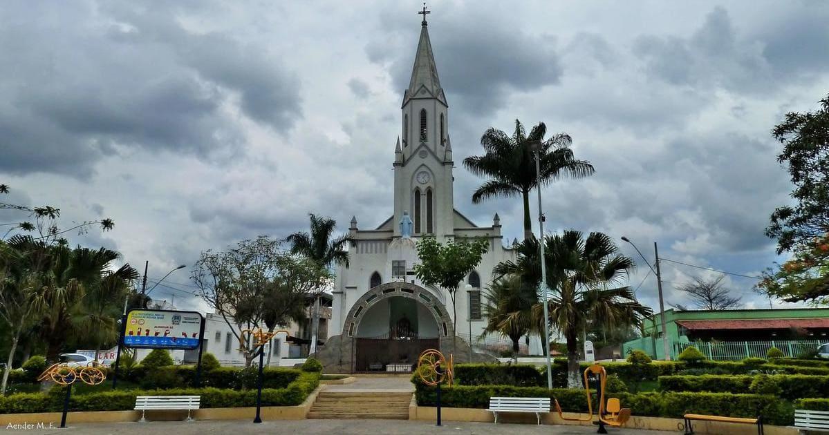 foto da igreja matriz da cidade, representando abrir empresa em perdigão