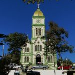 Foto da igreja da cidade, representando a contabilidade em Leandro Ferreira