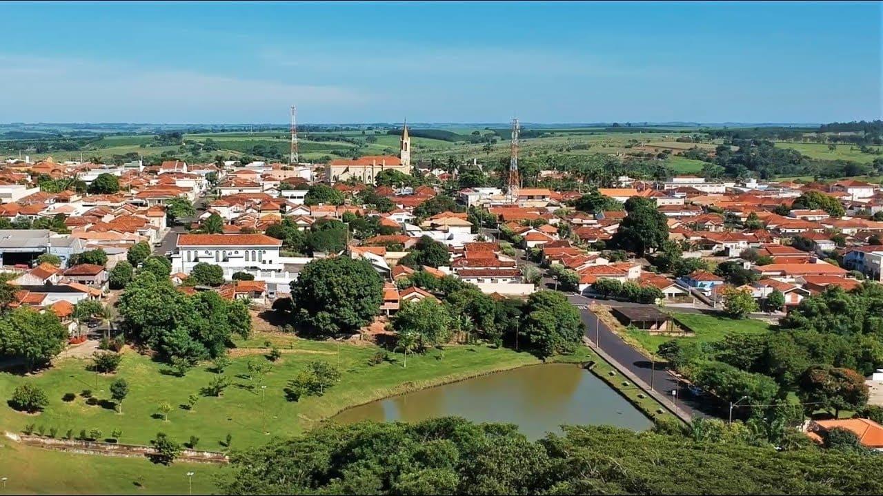 Imagem aérea da cidade para quem deseja escolher um escritório de contabilidade em Urupês