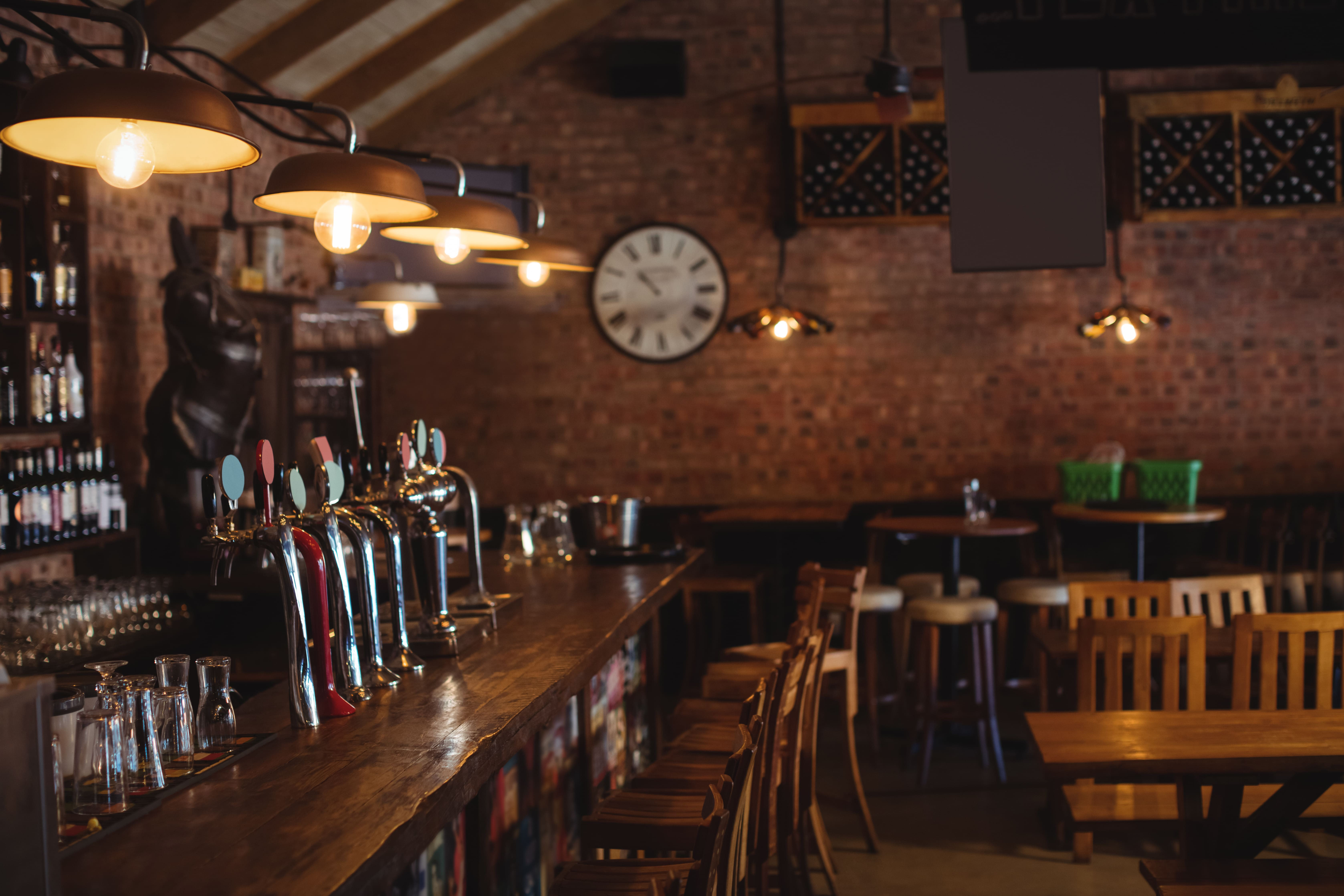 Imagem ilustrativa para inspirar o empreendedor que deseja abrir um pub em sua cidade