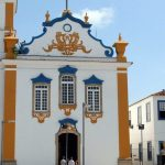 Imagem de uma igreja símbolo da cidade para inspirar quem está procurando um escritório de contabilidade em Magé
