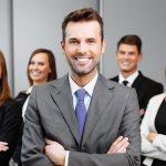 Imagem de 5 empresários para remeter aos bons resultados que o empreendedorismo no Brasil traz ao país