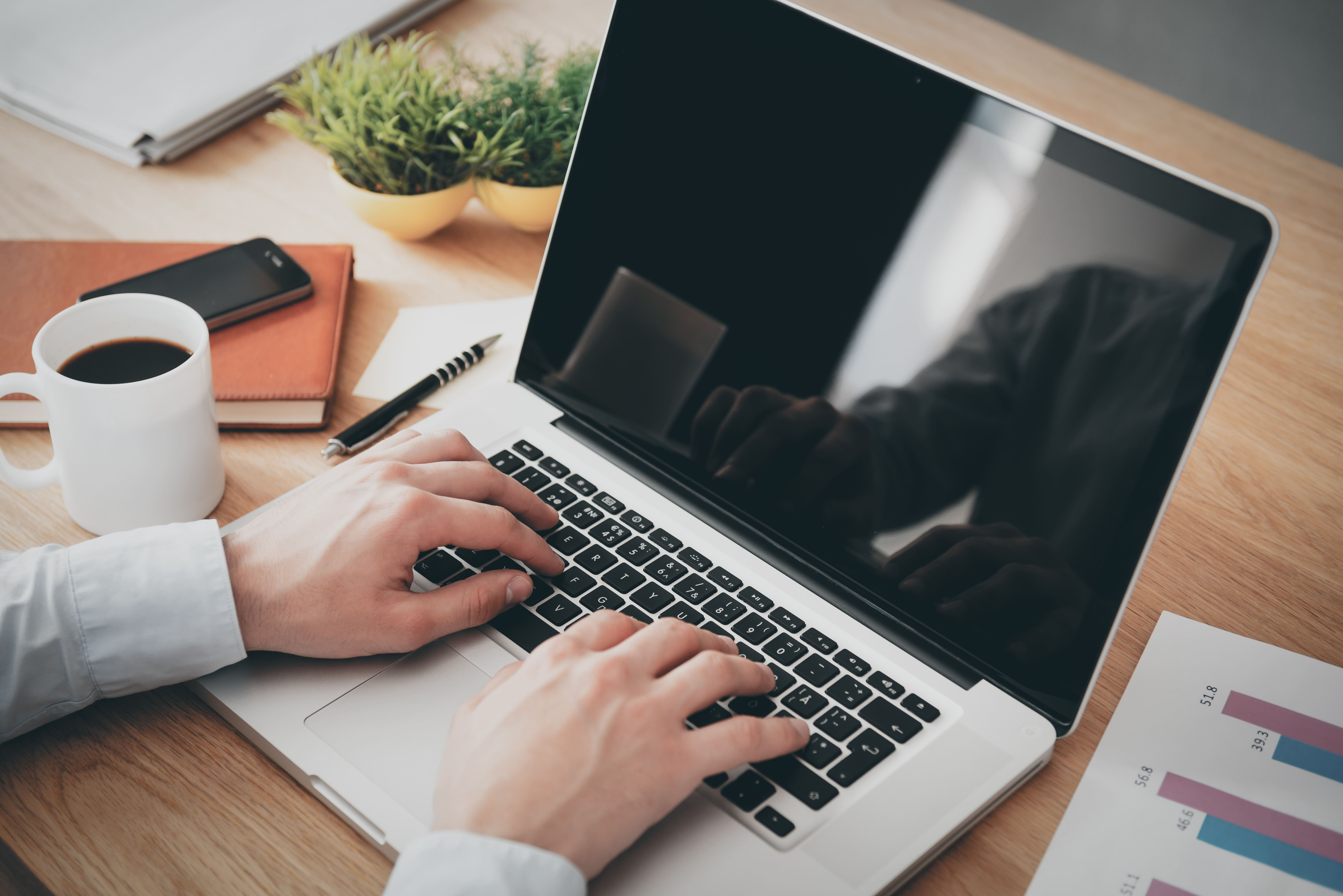 Imagem do termo para inspirar o empreendedor que deseja implementar o CRM na minha empresa