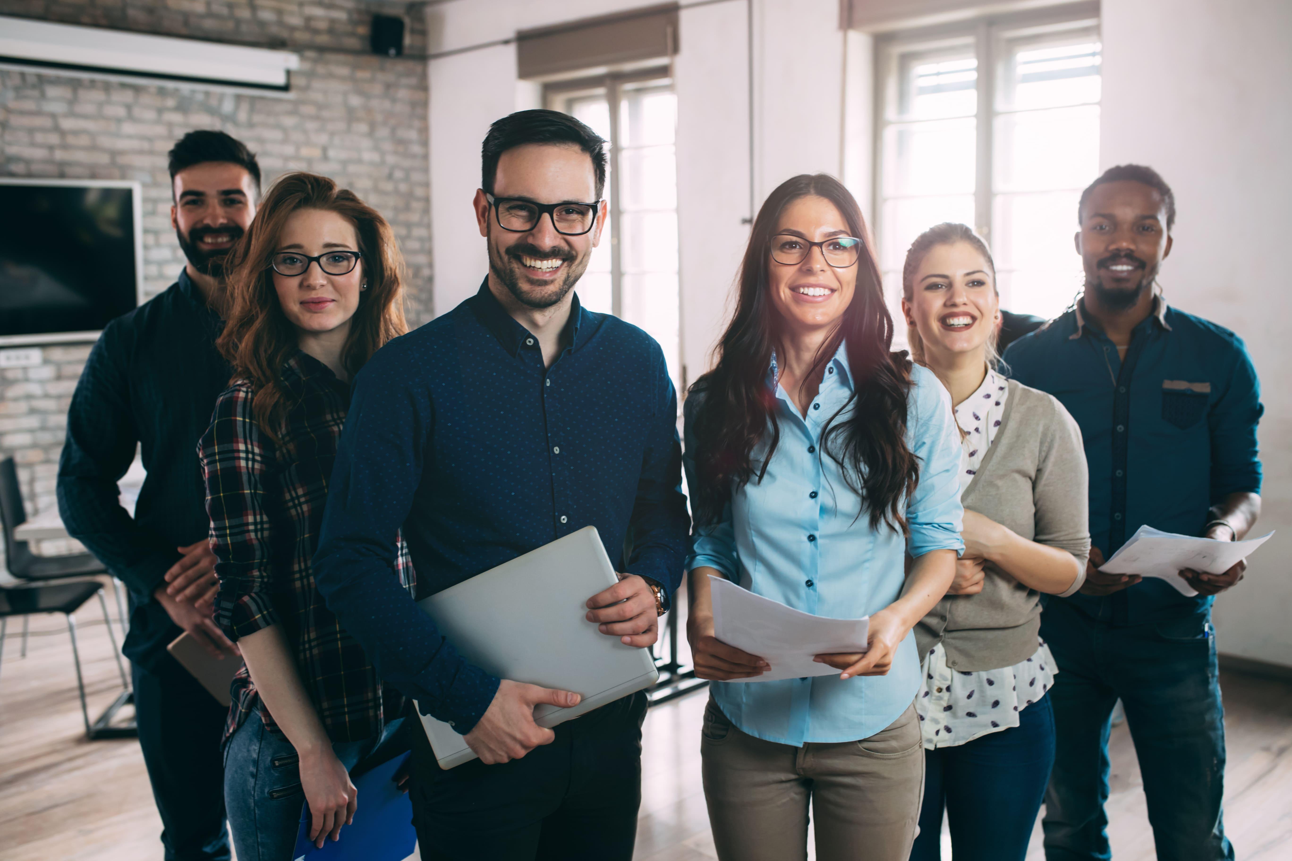 Imagem de 6 empreendedores que vão explorar um mercado saturado