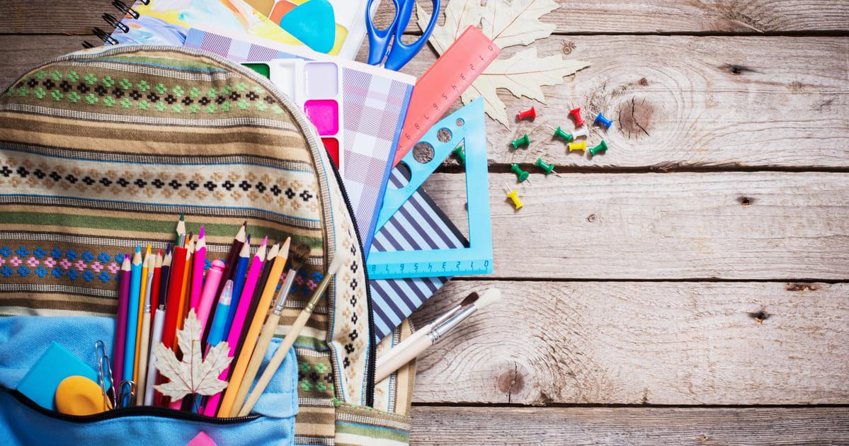 Imagem de um material escolar para saber quem deseja montar um serviço de reforço escolar