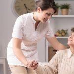 Imagem de um centro de cuidados com os idosos para inspirar quem deseja montar um serviço de marido de aluguel