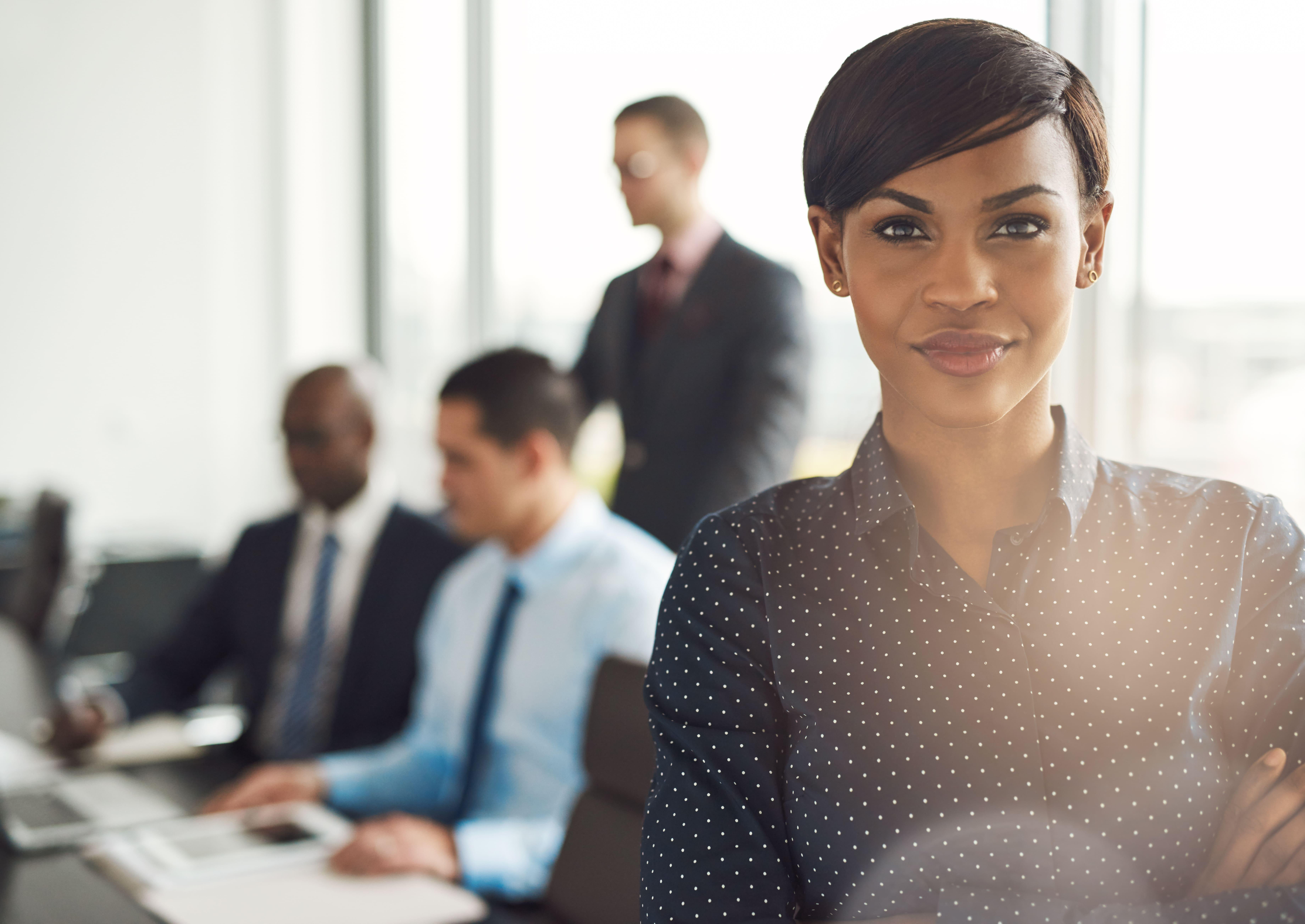 Imagem de uma empreendedora para remeter ao texto que mostra o que é empresário individual