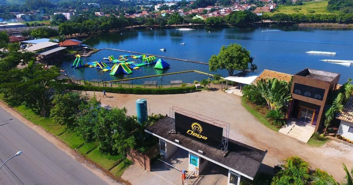 Foto de lago da cidade, representando como abrir empresa em santa mercedes