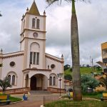 foto de igreja matriz da cidade, representando como escolher uma contabilidade em camanducaia