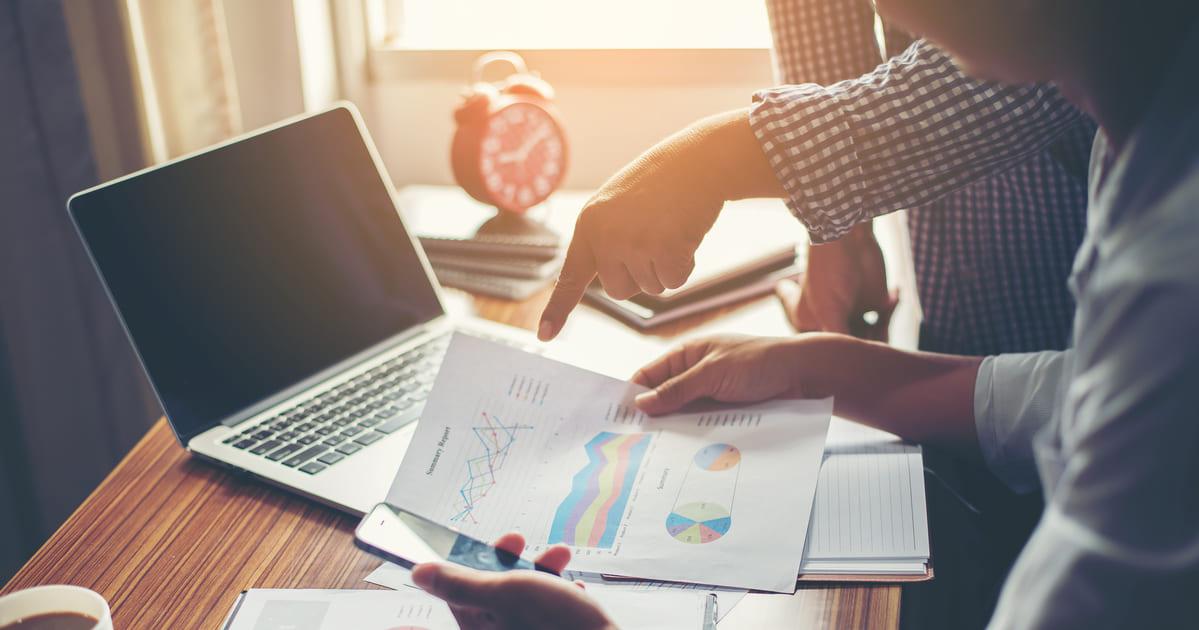 Imagem de empreendedores que querem saber como fazer planejamento orçamentário